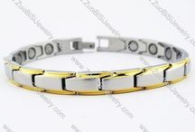 Magnetic Bracelets / Blending elegance with strength, this super lightweight bracelet is titanium with stylish gold-coloured edges, and will make the perfect gift for that special person in your life.