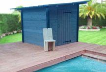 Abri de jardin Design & Ecologique / Le 1er abri de jardin DIY (à monter soit-même) qui vous permet de réduire vos facture d'électricité tout en étant réellement en harmonie avec la nature.  L'abri de jardin Solaire Box vous permettra de stocker tout votre matériel de jardinage (comme tous les abris de jardin) MAIS également de produire de l'électricité propre grâce à sa toiture solaire  Pour en savoir plus : www.solairebox.fr