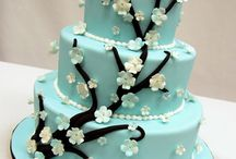 Caking decorating ideas / I have a cake decorating course I am taking in May :)