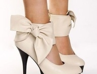 SHOES!!! / Los amo!!!  / by Annelise Torres