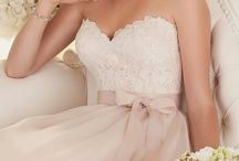 Blush Wedding / Blush Wedding Ideas : From Blush Wedding Dresses to Blush decoration and invitations.
