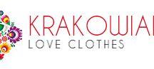 Moda damska / Witamy na tablicy sklepu internetowe z odzieżą damską Krakowianka. Będziemy prezentować tutaj możliwie jak najwięcej typów ubrań od modnych koktajlowych sukienek wizytowych, sukienek koktajlowych, damskich bluz z nadrukiem, eleganckich zamszowych kopertówek, spódnic rozkloszowanych, spódnic z tiulu. Wszystkie nasze produkty to ubrania made in Poland!