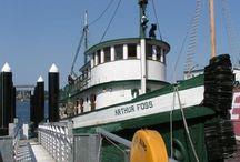 Tugboats / Historic tugboats and towboats
