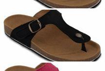 Zapatos ecológicos / Cálzate con los mejores zapatos que cumplen con los criterios de sostenibilidad.  Tenemos una amplia selección de zapatos de mujer y de hombre.   Te invitamos a ver nuestro tablero y encontrar el producto ideal para ti.