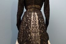 Woman historic lace