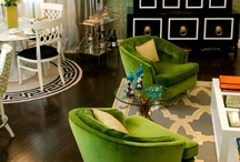 Green + Black = Gold! / #emerald #green #black #gold #room #furniture #accessories Gimme some #glam