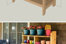 Potting benches / Potting benches