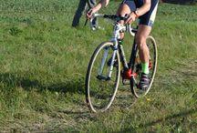 Thomas MONTOIS au cyclo-cross de Bléré (26/10/2014) / Thomas MONTOIS (Avenir Cycliste Touraine) au cyclo-cross de Bléré le dimanche 26 octobre 2014