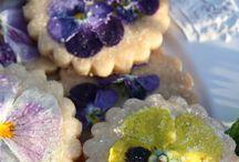 Edible flowers / by Elinor Dijon