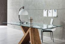 Tavoli & tavolini di Eglooh / Un tavolo riesce a dar valore non solo all'ambiente che lo ospita, ma a tutta la casa: fulcro dello stile e del gusto, rispecchia perfettamente la persona che lo ha scelto.