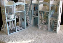 Frozen dollhouse
