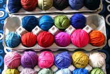 Crochet scrap yarn / materialoop