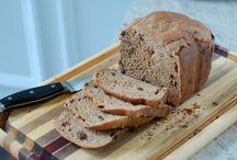 Bread & Bread Machine Recipes / by Debra Schramm