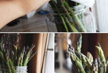 Kitchen Hacks / About how to clean your kitchen in a thrift and green living way.