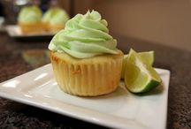 Desserts to Try / by Amanda Shimokawa