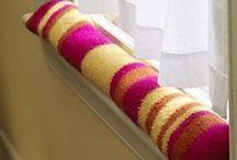 knitting / by Michelle Knudsen