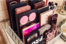 Przechowywanie akcesoriów do makijażu