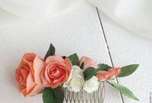Flowers Handmade / Цветочные Украшения ободки, веночки, гребни, шпильки  Цветы не покупные, а сделаны мною, начиная от вырезки деталей заканчивая сборки цветка  Материал Фоамиран, выглядят как цветы из холодного фарфора, отличается тем, что не боится воды, мороза, и падений. Срок изготовления от 5 дней и до 1 мес. Для заказа свяжитесь со мной