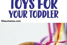 Toddler play ideas / Ideas fo play for toddlers. Learning through play, art and craft, fine motor skills, messy play and much more.