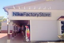 Nike Factory outlet Store Woodbury Common / The Nike Factory Outlet store in Woodbury, NY is the best place to go to get your hands on the most popular athletic brand in the world. There is no other store that offers the great discounts on Nikes hottest products