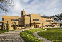 Villa Cavrois : un chef d'oeuvre de l'architecture du XXème siècle / La villa Cavrois, construite au début des années 30 par le bâtisseur Robert Mallet-Stevens, est un chef d'oeuvre de l'architecture du XXème siècle qui a retrouvé une seconde vie, près d'un siècle après avoir failli disparaître.