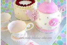 teapot cakes
