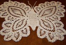háčkované motýle