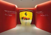 Museo Ferrari Maranello / Le Formula 1, modelli celebri e le storie della Ferrari in percorsi sempre diversi. In più, prove su simulatori F1 e di abilità nel cambio gomme. Il Museo dove vivere il sogno Ferrari che, quest'anno, presenta una mostra inédita: Ferrari, genio e segreti.