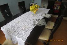 Crochet: Manteles y caminos / Tejidos en crochet de diferentes puntadas para crear caminos y manteles de mesa. / by Rosi Balle