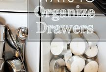 O R G A N I Z E / Charming and pretty ways to get yourself organized  / by Cloth & Patina