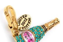 Champagne & Jewelry / Champagne and jewelry, matching luxury items