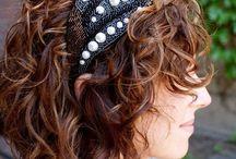 Curly Hair / by Anna Clagett