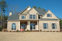 We buy houses Washington DC / We Buy Houses Washington DC programs can offer benefits to struggling homeowners. However, they can also cause more harm than good. Whenever there is an opportunity to make mega-money, you can bet there will be scammers.