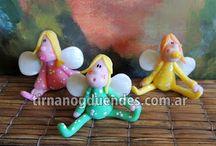 Nuestras hadas / Conocé nuestras hadas, brujas y sirenas, realizadas en porcelana fría. www.tirnanogduendes.com.ar