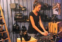 BRINA KNAUSS in consolle! / Sabato 3 ottobre nel Blocco31 store di Ferrara abbiamo avuto il piacere di ascoltare dal vivo un magnifico djset della bellissima Brina Knauss, modella e dj del nostro catalogo fw15.