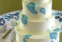 cakes & cupcakes / by Monica Sethi