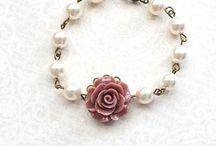 τριαντάφυλλα & χάντρες