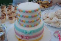 Primeiro aniversário da Ana I Ana's first birthday party / Arco-íris, passarinhos e muitas cores  Rainbow, birds and lots of colours