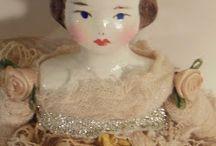 Antiques  dolls