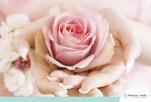 Romántica / Los colores Pantone© del año nos evocan romanticismo y serenidad, conoce algunas ideas para un boda ideal para ti que eres romántica.