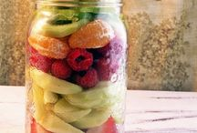 Food - Mason Jar Meals / by Tara Carpenter