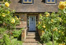 Country Living / Residence 9 windows are designed to suit traditional homes, these are some of our ideas for country living!