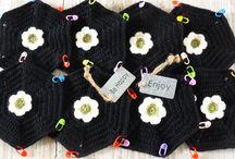 Stylecraft Frida`s  flower CAL / Design Jane Crawfoot