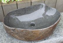 Waschbecken aus Naturstein / Hier findet man Waschbecken aus Naturstein für den Innen- und Aussenbereich.