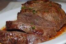 мясо в духовкн