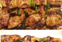 Mama likes to eat / This Mama loves her food! I'm all for simple, quick, budget friendly, and, most of all, deliciousness!