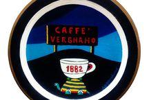 """Caffè Vergnano: foto d'archivio tra vecchie pubblicità ed inaugurazioni di locali / """"C'è un qualcosa di nuovo oggi nell'aria. Anzi, di antico. E' il profumo di un caffè di ottocentesca tradizione che l'Antica Bottega del Caffè Vergnano, nata come torrefazione nella Torino umbertina del 1882, ripropone oggi ai consumatori di caffè per rieducarli ad un rito ormai in disuso."""""""