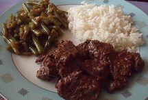 Indonesische gerechten / Onze zelfgemaakte Indonesische Gerechten. / by Veelkantie Veelkantie