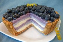 food, deserts/treats / by Darlene Hebert