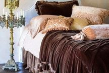 Bedrooms: Dressing the bed